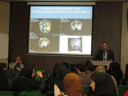 پنل معرفي آزمايشگاه در کنگره علوم اعصاب پايه و باليني (3 دي 1394)