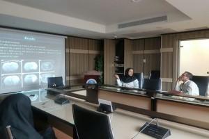 برگزاری جلسات ژورنال کلاب هر دوهفته یکبار در محل آزمایشگاه